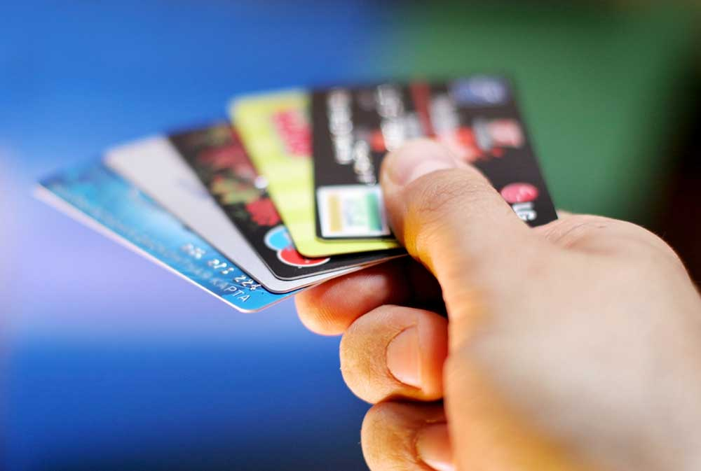Can I Cancel Multiple Credit Cards Without Affecting My Credit Score?
