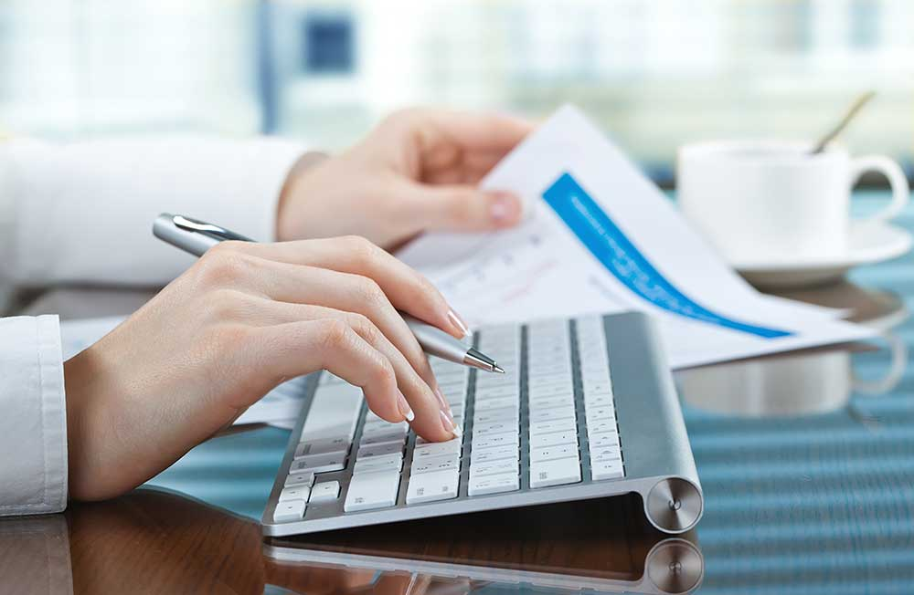 Clever Low- and High-Tech Tips to Keep Your Finances Organized